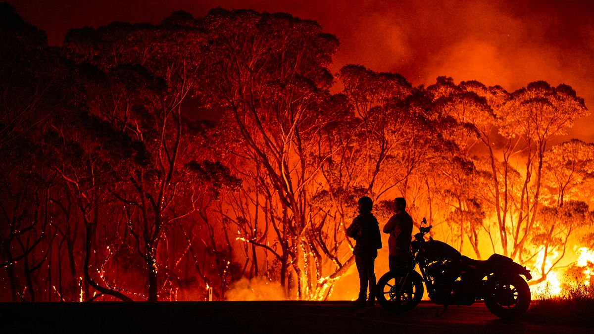 brushes fire in Australia