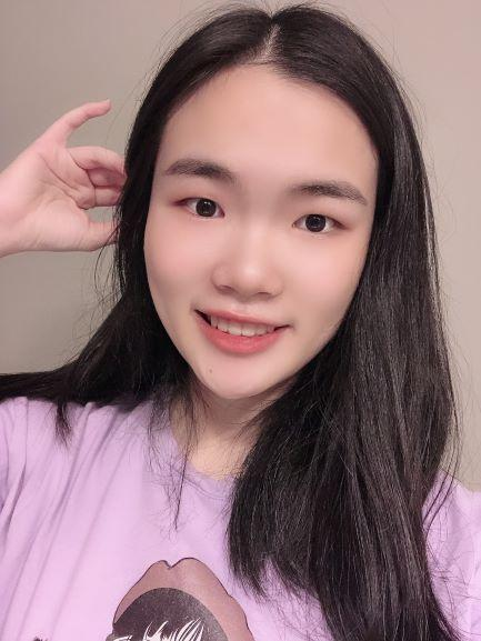 Photo of current Student Ambassador Xutong